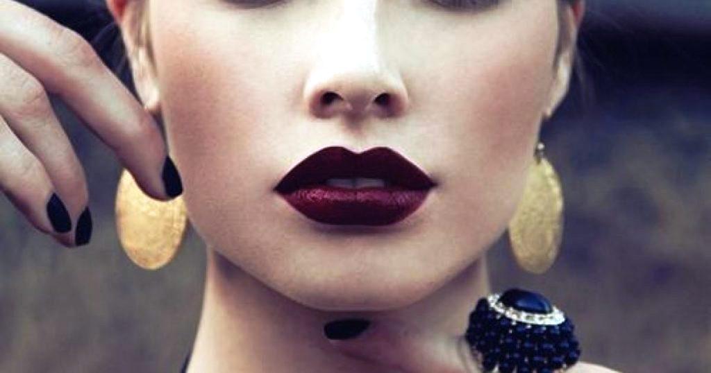 top-5-des-plus-belles-couleurs-de-rouge-levres-fonces-263386-1024x538